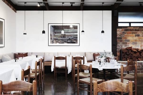 stilnyy-dizayn-cafe-Second-Home